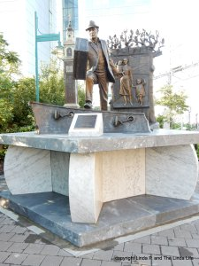 Halifax, Canada statue dedicated to the emigrant.